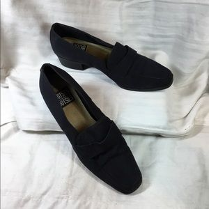Woman's loafer